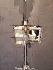 аккуратная установка труб в санузле