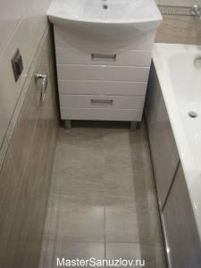 Размещение раковины и ванны в не большом пространстве