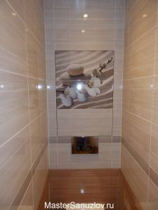 Сантехнический люк с нажимным механизмом в туалетной комнате