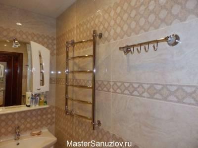 Геометрический орнамент в интерьере ванной комнаты