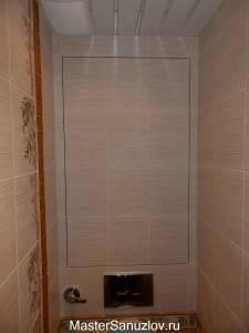Бежевая сантехническая дверь в туалете